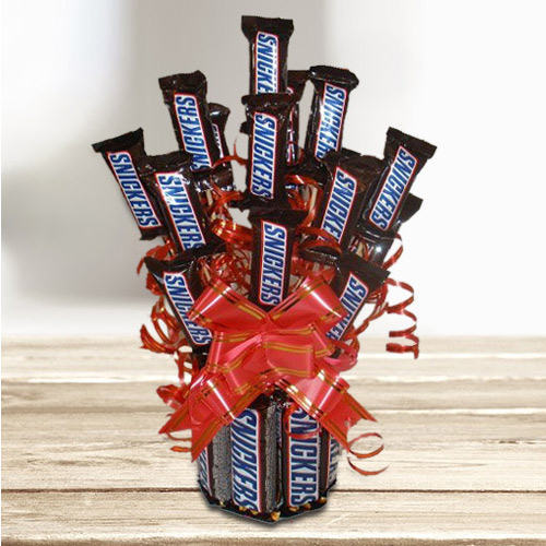 Magical Chocolate Bouquet of Imported Sinckers Bar