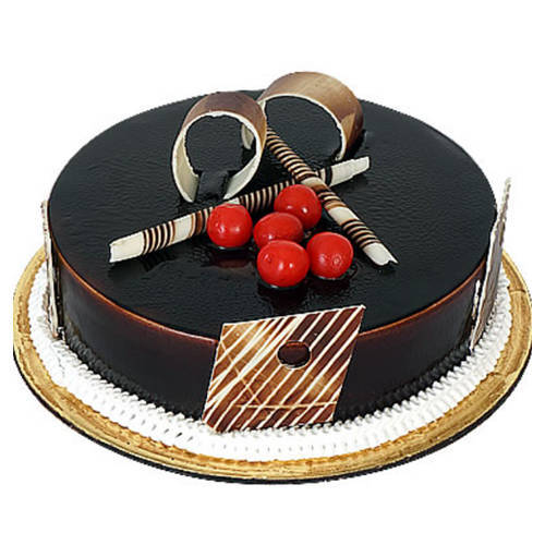 Enticing Dark Chocolate Truffle Cake