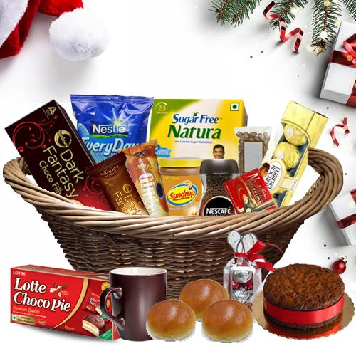 Mesmerizing Christmas Hamper with Taste of Joy
