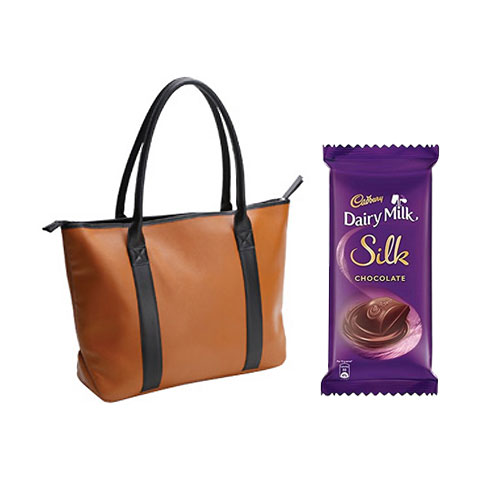 Urbane Preference Tote Bag from Avon with Dairy Milk Silk