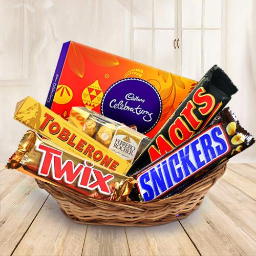 Crunchy mixed chocolates gift delight