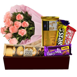 Gorgeous Bunch of Pink Roses with Chocolates Hamper