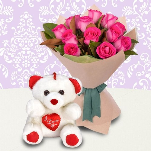 Beautiful Pink Roses Bunch with a Teddy Bear with Happiness