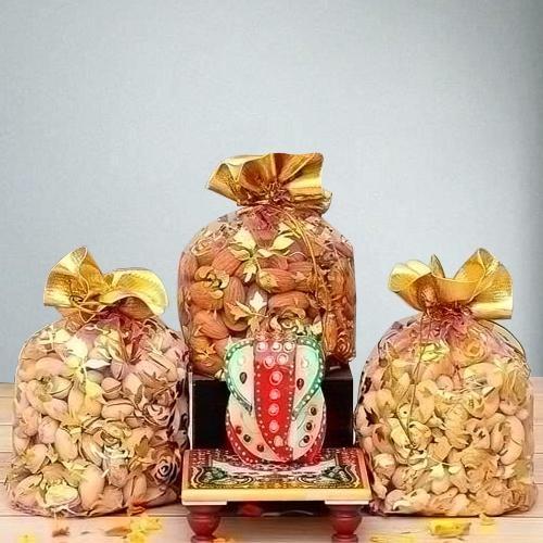 Pious Marble Ganesha with Assorted Dry Fruits