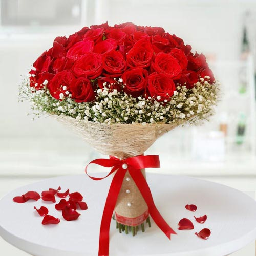 Wonderful 30 Roses Bouquet