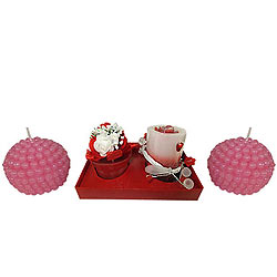 Strawberry Styled Candle Hamper